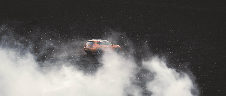 Nissan_Islande-256